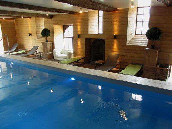 Domaine de Villeray : La piscine au Spa