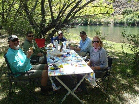 The Rio Dorado: River side lunches