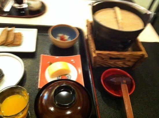 Hotel Yachiyo: Breakfast