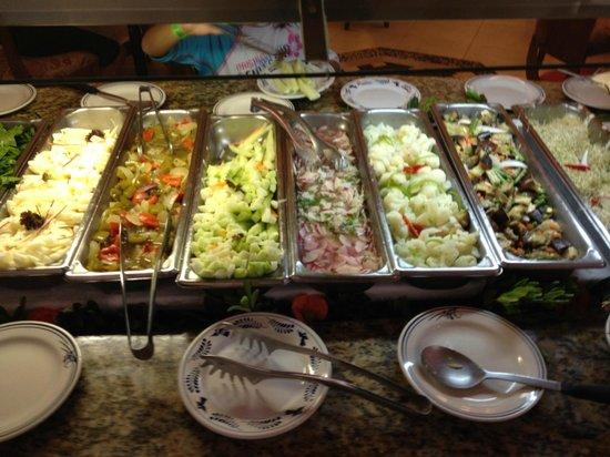 Royal Solaris Cancun: Dining