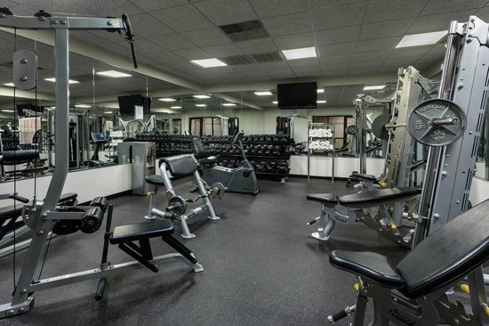 Holiday Inn Express Newport News: Fitness Center and Cardio Room adjacent to hotel