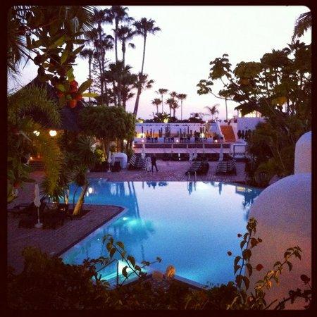 Hotel Jardin Tropical: piscine