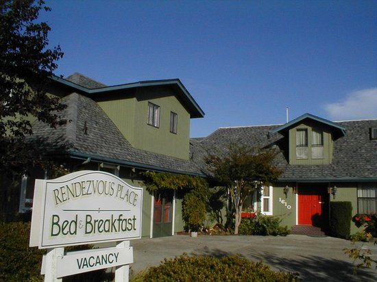 A Rendezvous Place Bed and Breakfast: 4,000 feet of fun & relaxation