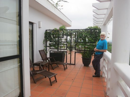 La Residence Hue Hotel & Spa: Spacious balcony