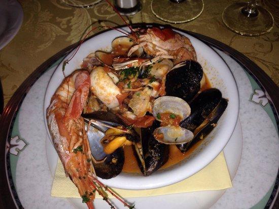 Vittorio al Mare: La zuppa di pesce