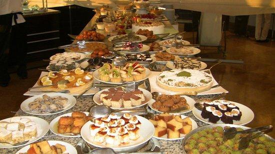 Charisma De Luxe Hotel: Das kalorienarme  Dessert Büfett
