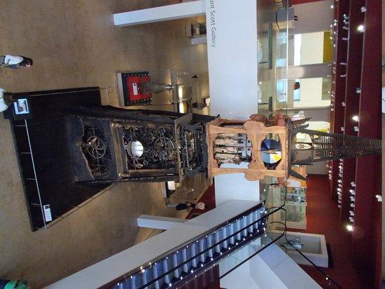 Museo Nacional de Escocia: The Millennium Clock Tower