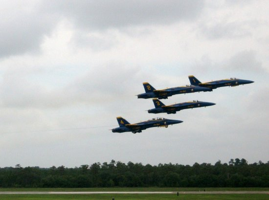 National Naval Aviation Museum: Blue Angels in Flight