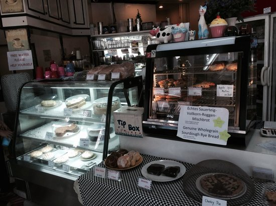 Butter is Better Restaurant: The counter with goodies