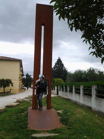 Ruta de Santiago de Compostela: Ponto de convergência do Caminho Francês e Caminho Aragonês em Obanos, Navarra.