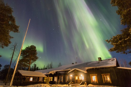 Nellim Wilderness Hotel: Hotel under the #northen lights