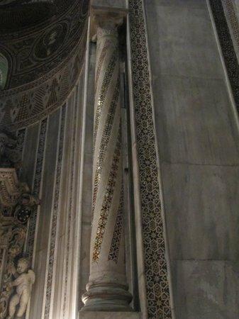 Duomo di Monreale: Можно рассматривать часами.