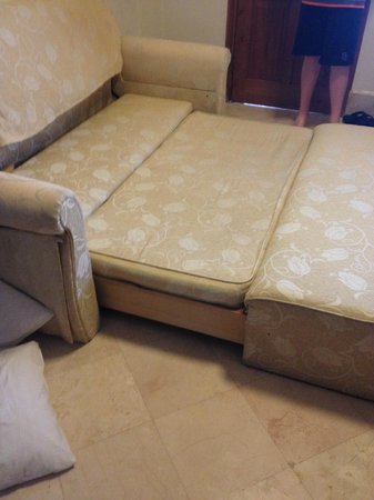 Club Bali Suites: Sofa bed - great for kids