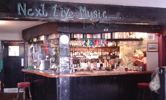 The Turfcutters Arms: The bar