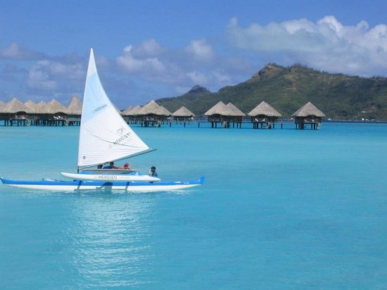 Le Meridien Bora Bora: view from the beach