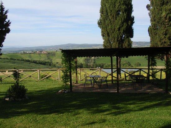 Agriturismo Casanova: Garden & Pool