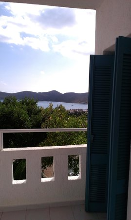 Elounda Water Park Residence: Bedroom window