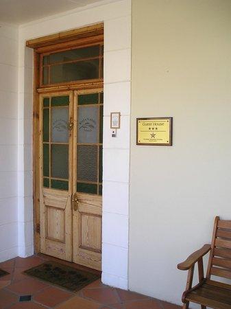 Wheatlands Lodge : Front Door