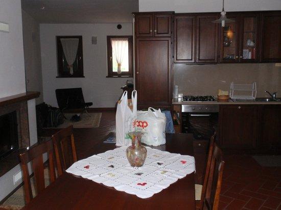 Casa Vacanza Piantamori : Kitchen