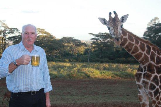 Giraffe Manor: Tuska and Giraffe