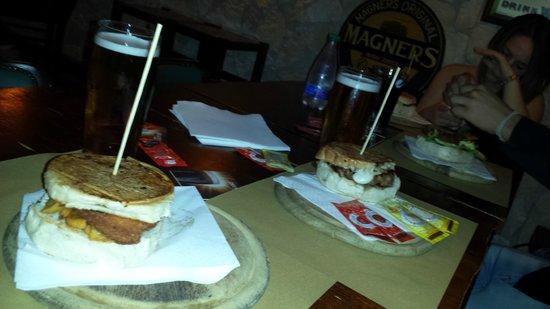Morrigan Pub: tavolo