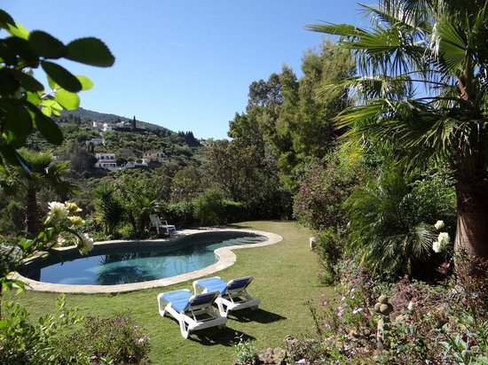 El Roble Holidays with Hot Tubs