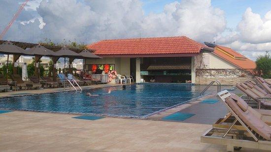 Intimate Hotel: pool aera