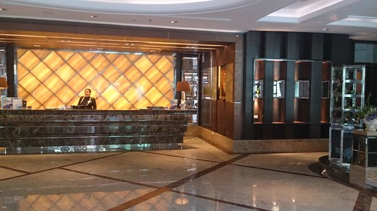 Intimate Hotel: lobby