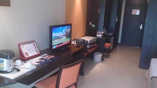 Intimate Hotel: spacious room
