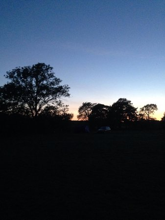 Common End Farm Campsite: Sunset