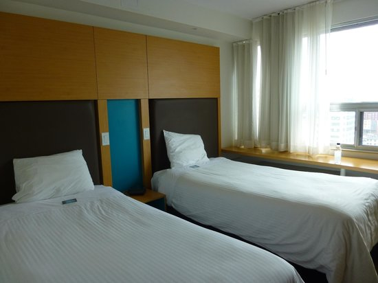 Bond Place Hotel: chambre twin