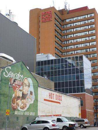Bond Place Hotel : vue de l'hôtel de côté