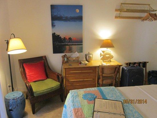 Tropical Inn: Our room