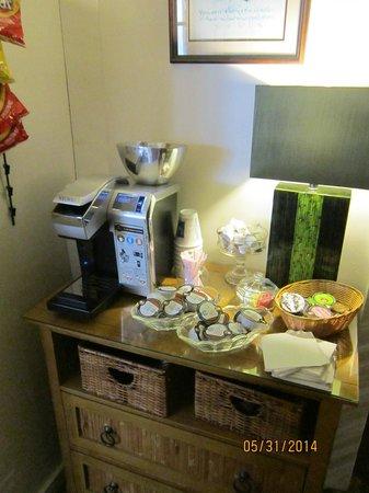 Tropical Inn: Complimentary coffee