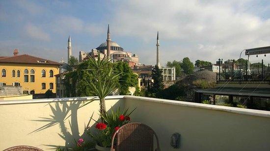 Hanedan Hotel: Panorama dalla terrazza della colazione