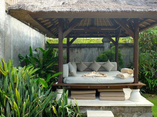 Serene Villas: Villa Acacia gazebo