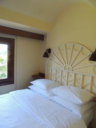 Hotel Empress Zoe: Otra de las habitaciones