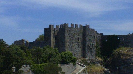 Funierice Service: Il castello di Venere