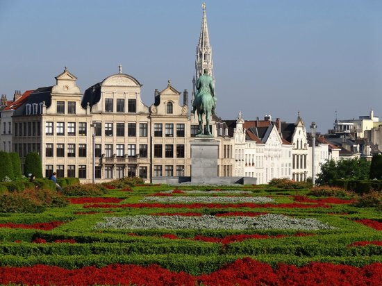Grand Place: Gardens overlooking The Grand-Place