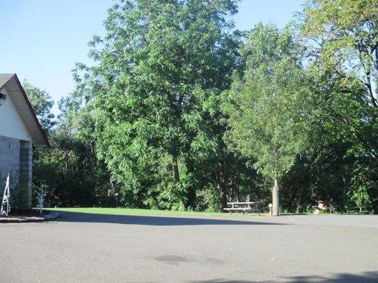 Rising River RV Park: Clean park