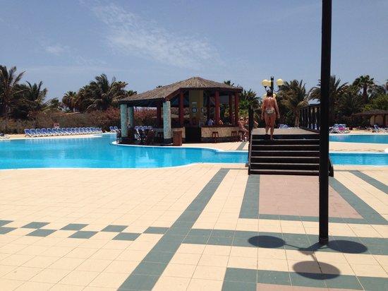VOI Vila do Farol: Zona piscina
