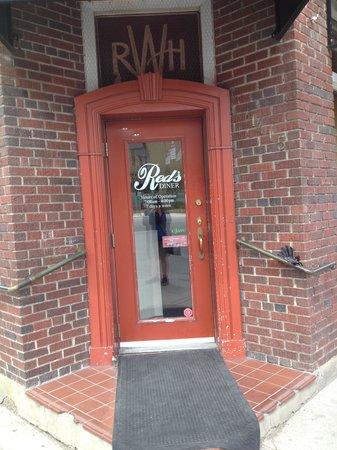 Red's Diner: Front Door!