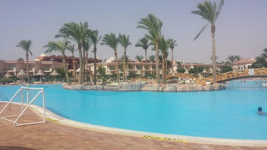 Radisson Blu Resort, Sharm El Sheikh: Main pool area