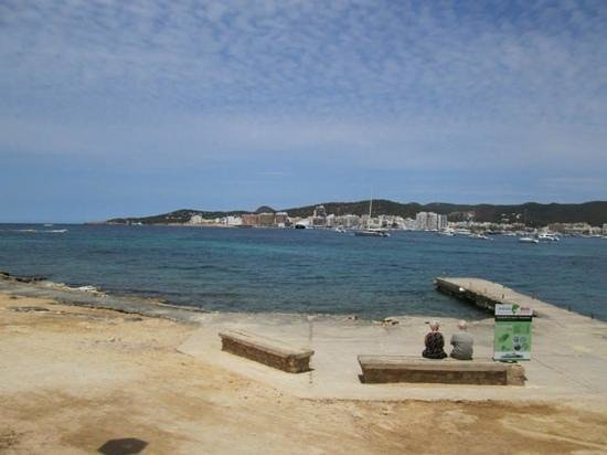 azuLine Hoteles Mar Amantis I & II : where boat docks at back of hotel and takes you over to San Antonio town