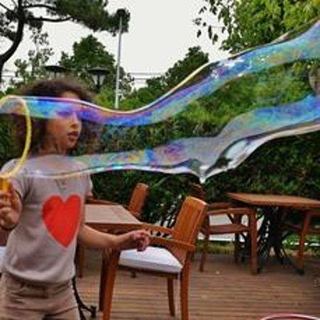 L'Emeraude des Bois : Nora et les bulles de savon