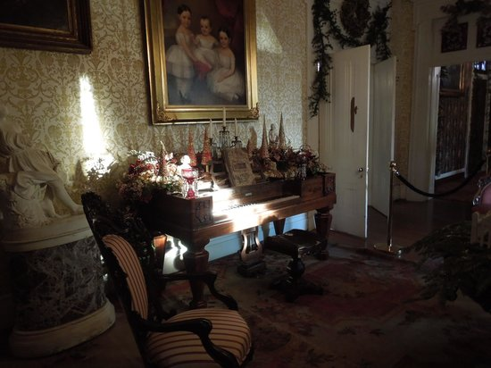 Belmont Mansion: Another room