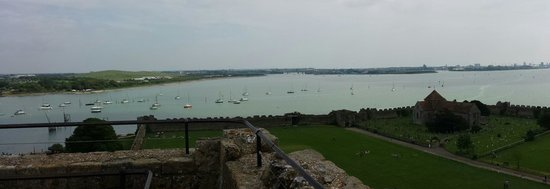 Portchester Castle: Beautiful