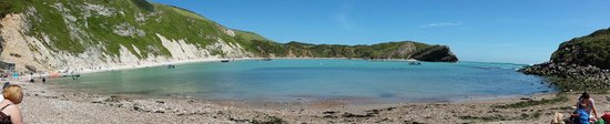 Lulworth Cove and Durdle Door : What a beautiful cove