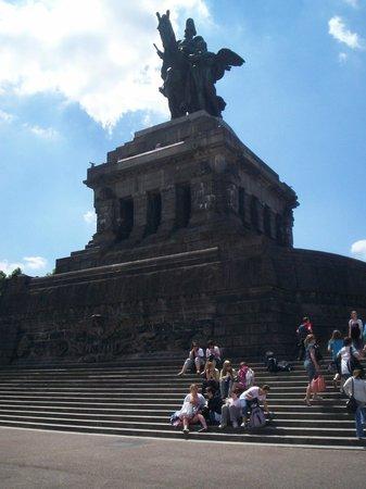 Deutsches Eck (German Corner): great statue