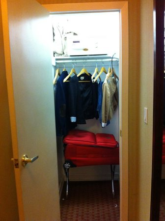 The Hotel at Times Square: Closet